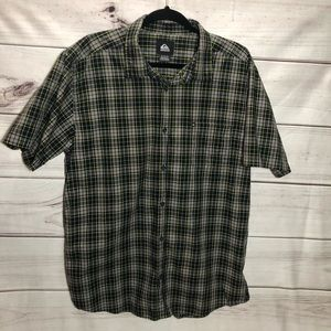 ⚡️NWOT⚡️Quiksilver Plaid Button Down